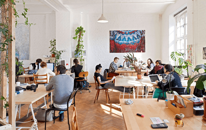 Έρευνα για τη δημιουργία ευκαιριών απασχόλησης στους νέους μέσω των co-working spaces
